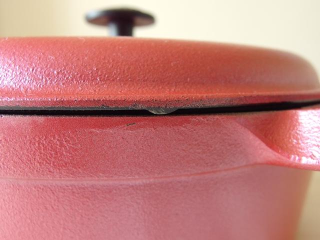 南部鉄器メーカー岩鋳のファミリーシチューパン使い勝手の良いふた