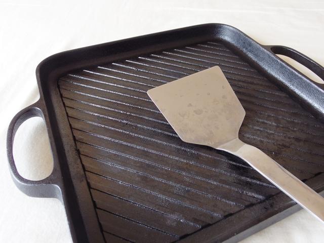 愛用者だからわかる南部鉄器グリルパンを快適に使うコツ
